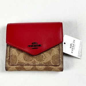 COACH Colorblock Small Signature Wallet Apple Red